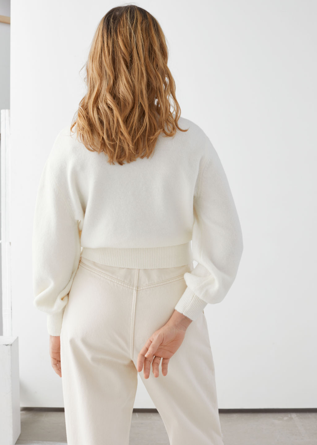 Model back image of Stories cropped sweater in white