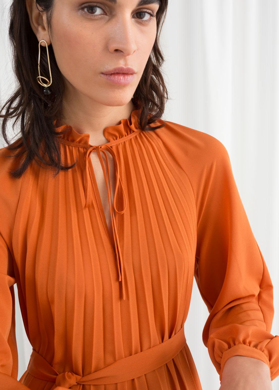 Leopard Pleated Midi Dress - Leo Print - Midi dresses -   Other Stories d76c26dca