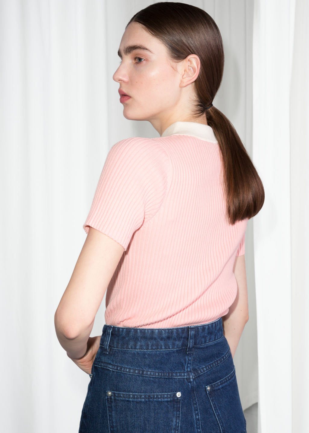 Model back image of Stories knit polo top  in pink