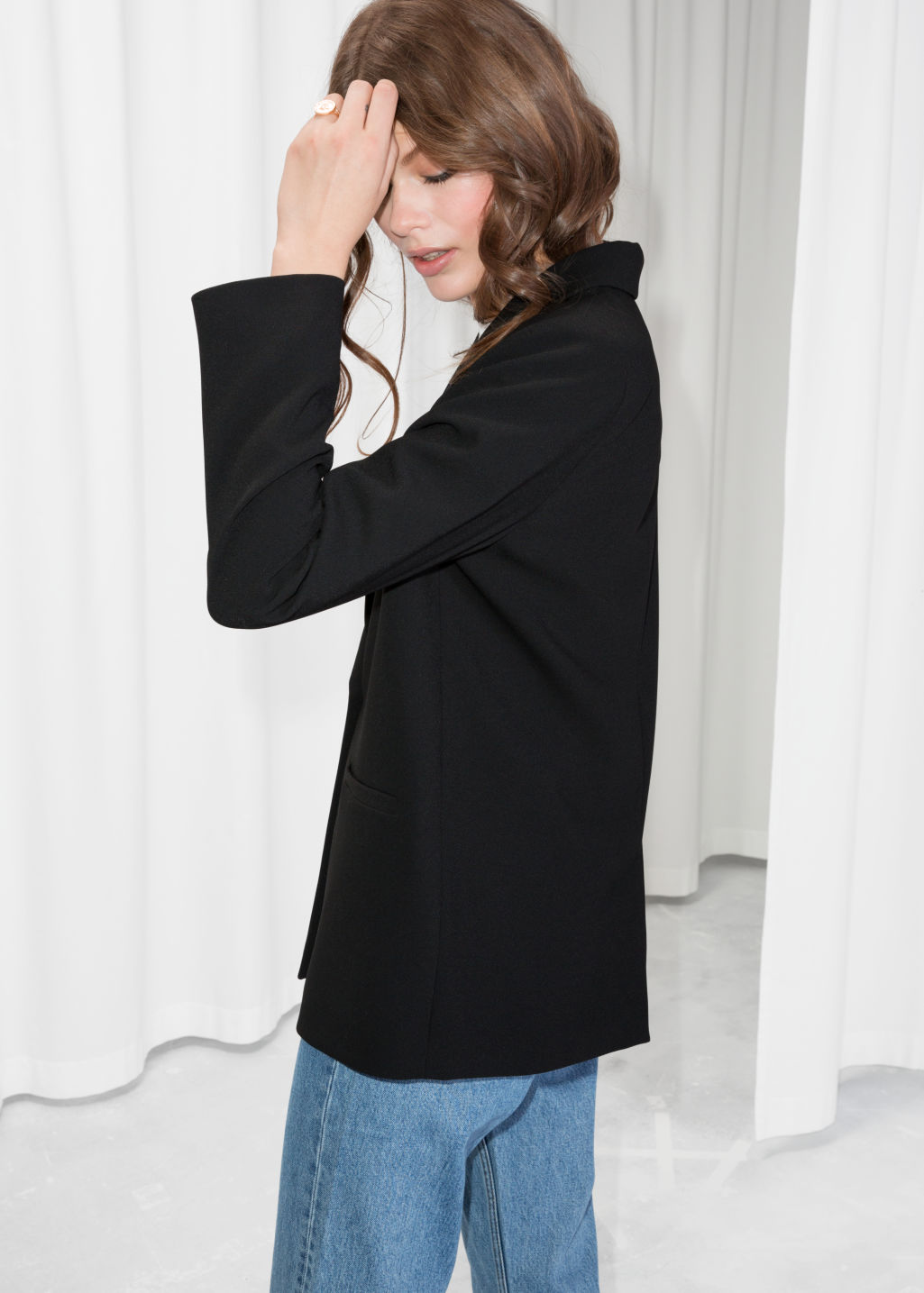 Model back image of Stories fitted long blazer  in black