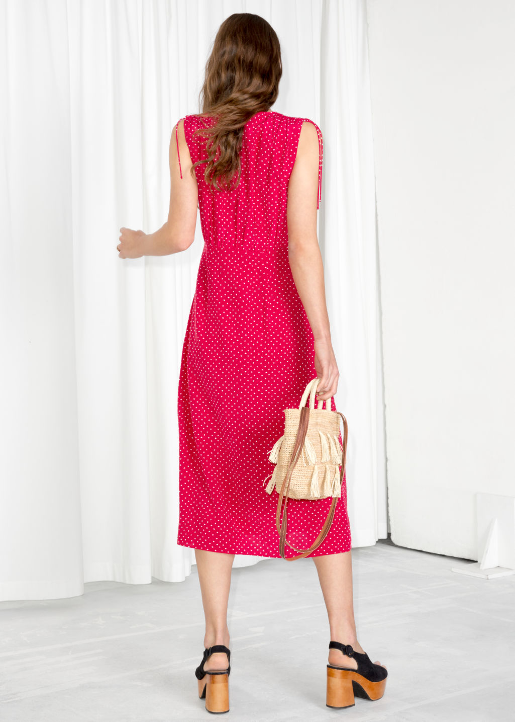 Model back image of Stories drawstring shoulder midi dress in red