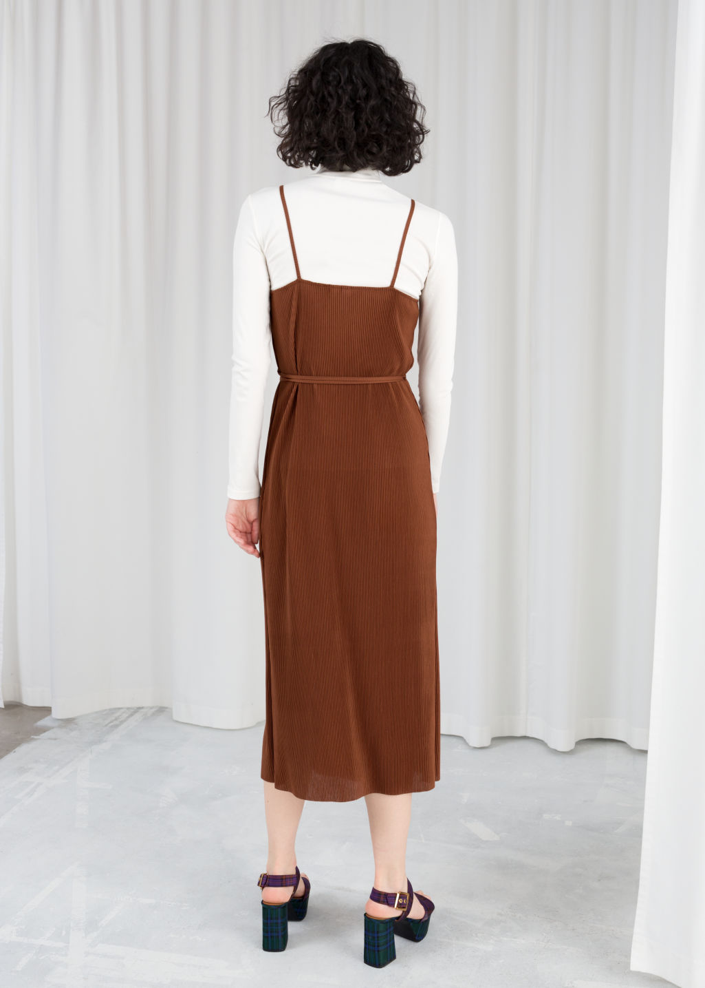 Model back image of Stories ribbed wrap midi dress in beige
