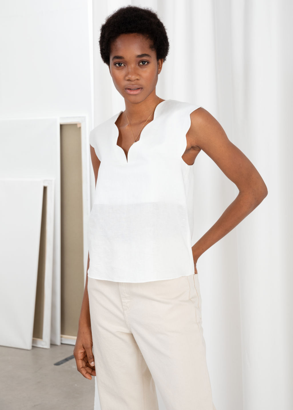 Model front image of Stories linen blend scalloped tank top in white