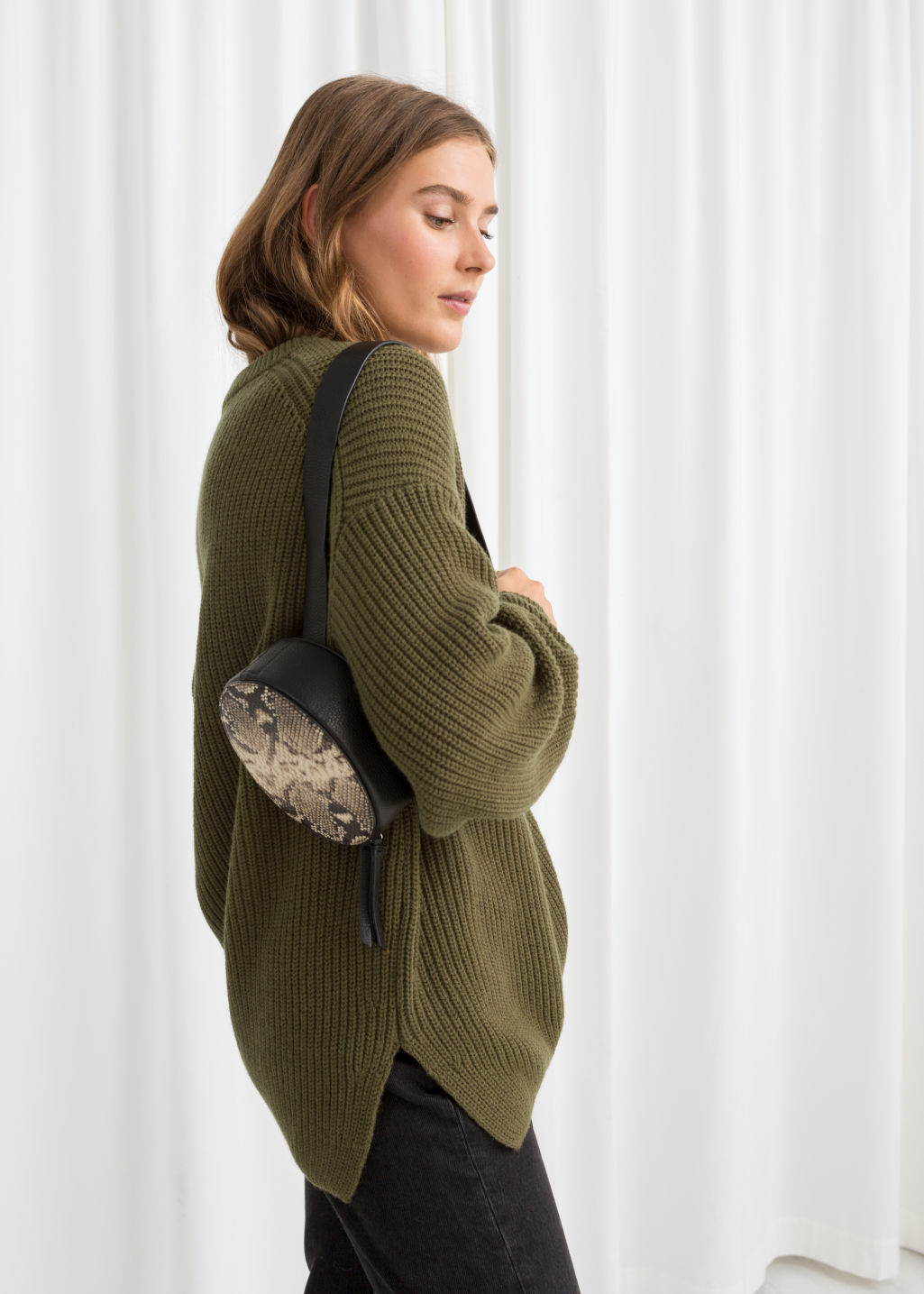 Model back image of Stories oversized wool blend sweater in green