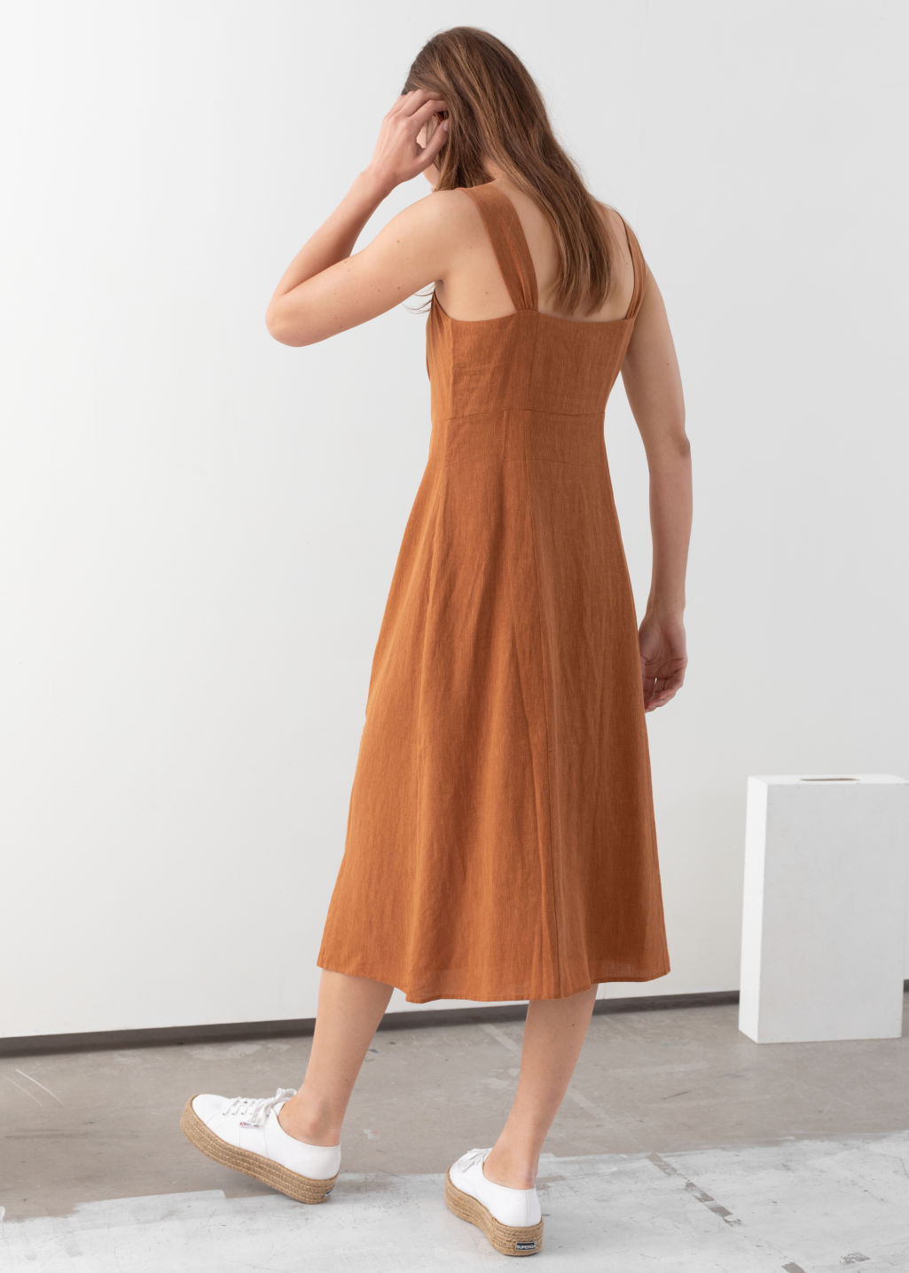Model back image of Stories linen blend midi dress in orange
