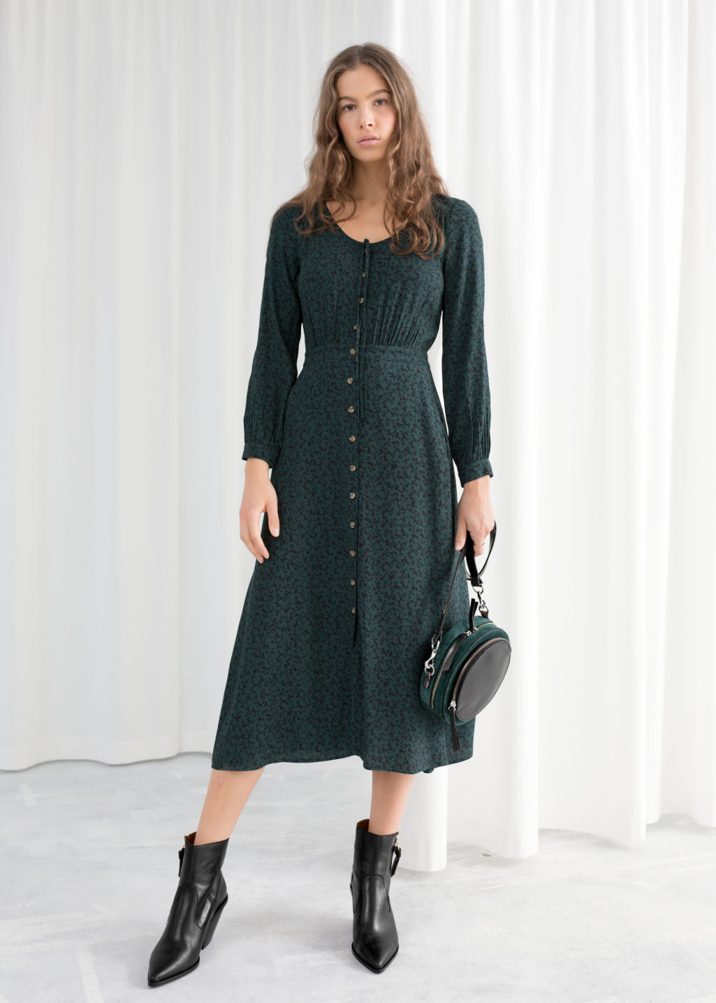 bf5c81a0f8b4 Printed Button Up Midi Dress - Green - Printed dresses -   Other Stories