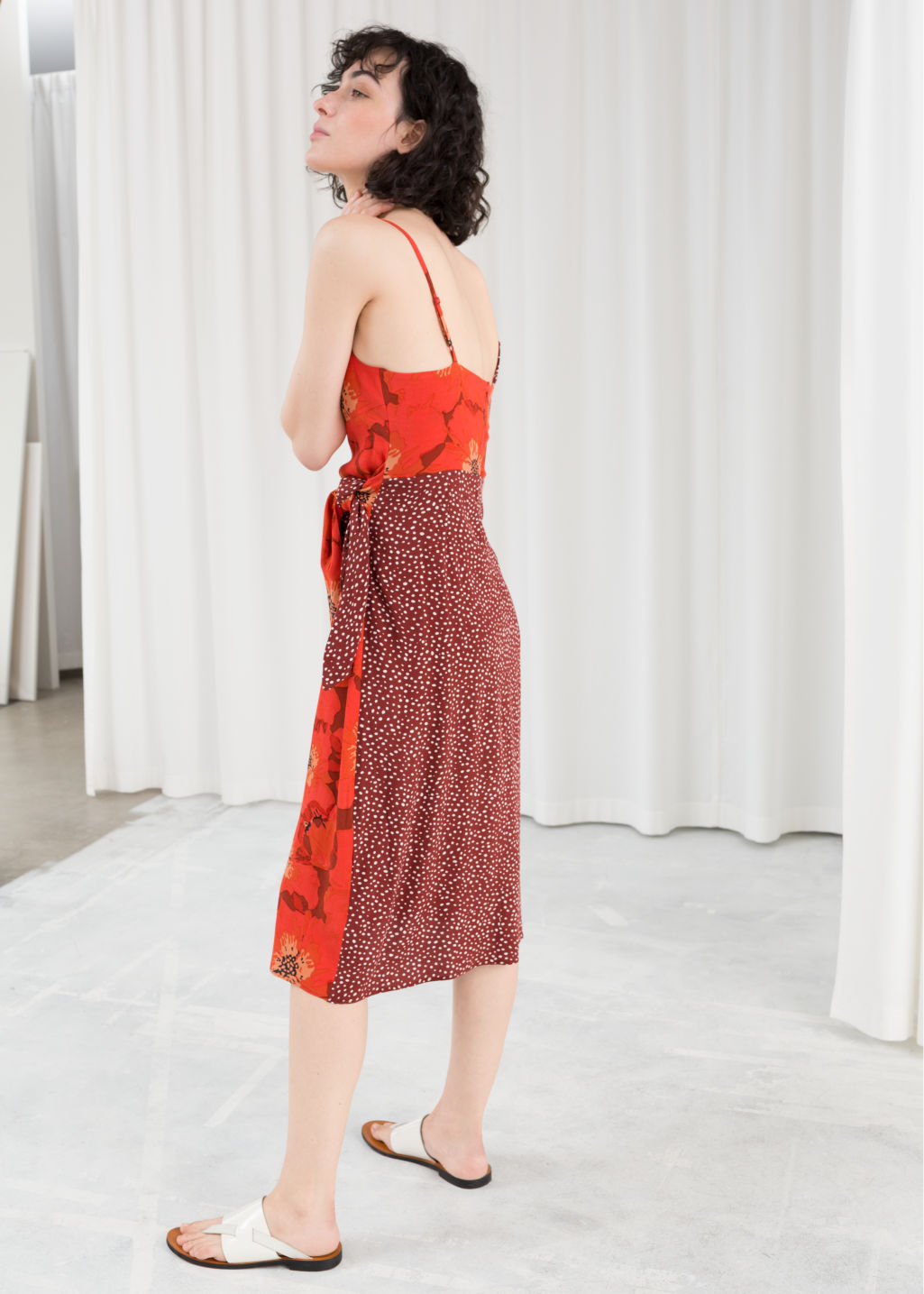 Model back image of Stories duo print midi dress in red