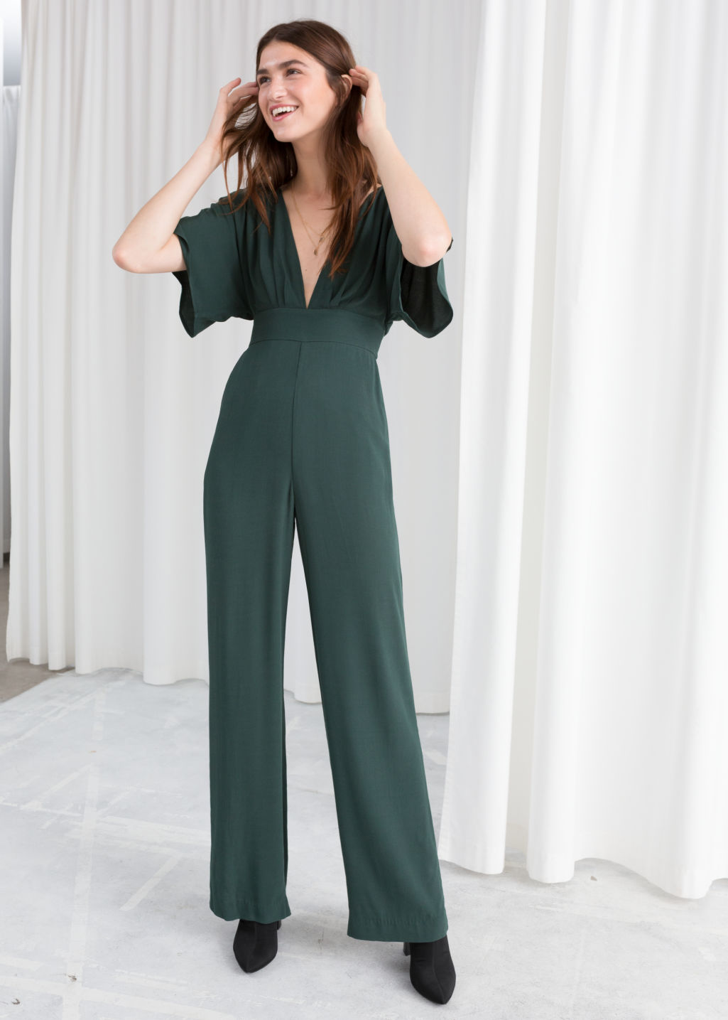 f7b12c12cd5 Plunging V-Cut Jumpsuit - Green - Jumpsuits   Playsuits -   Other ...