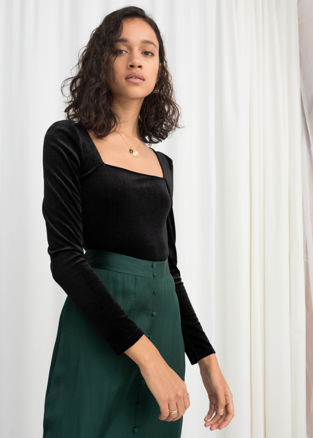 Model front image of Stories square neck velvet top in black