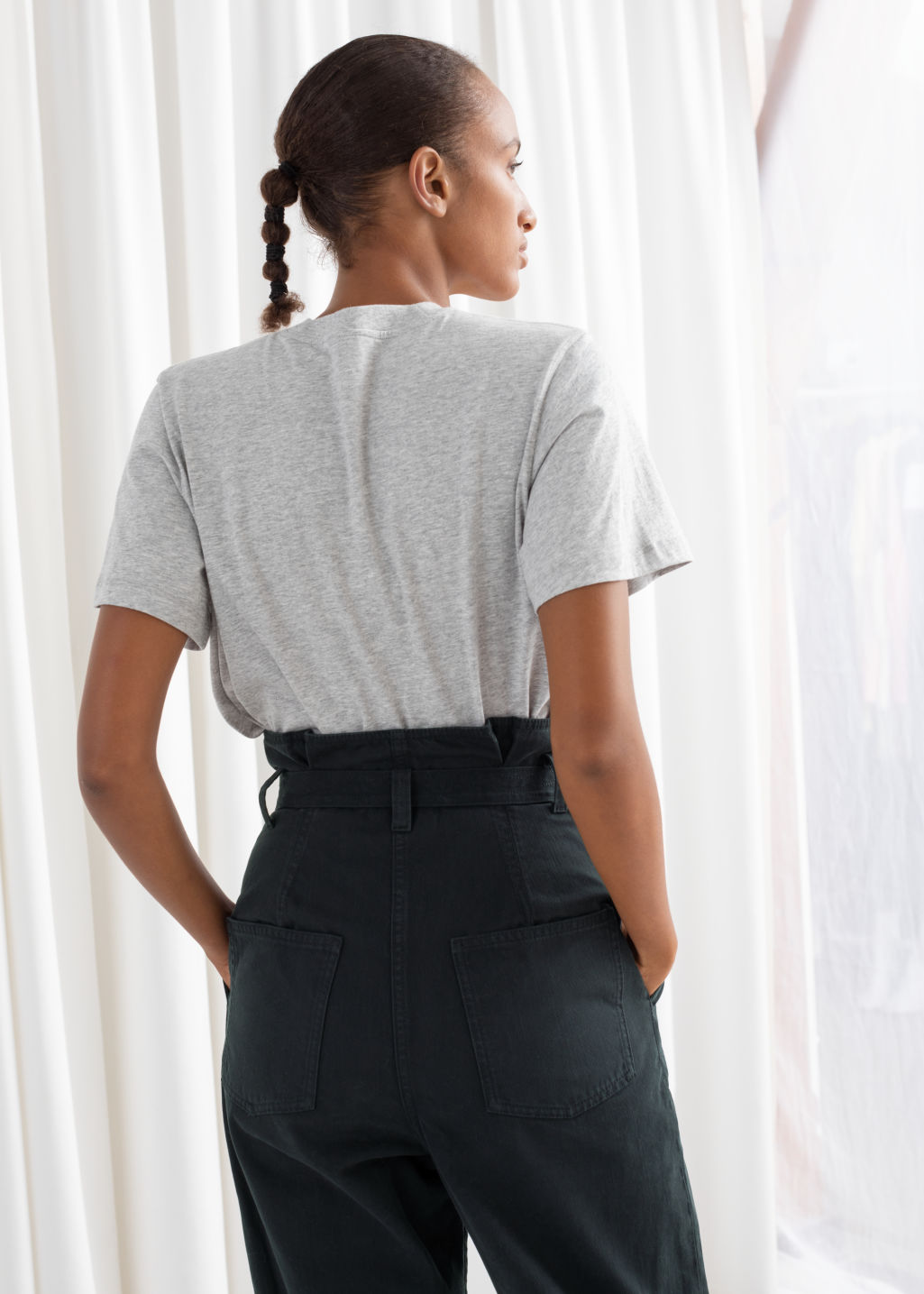 Model back image of Stories boxy organic cotton tee in grey