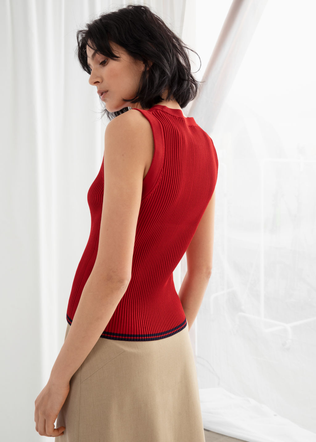 Model back image of Stories rib knit tank top in red