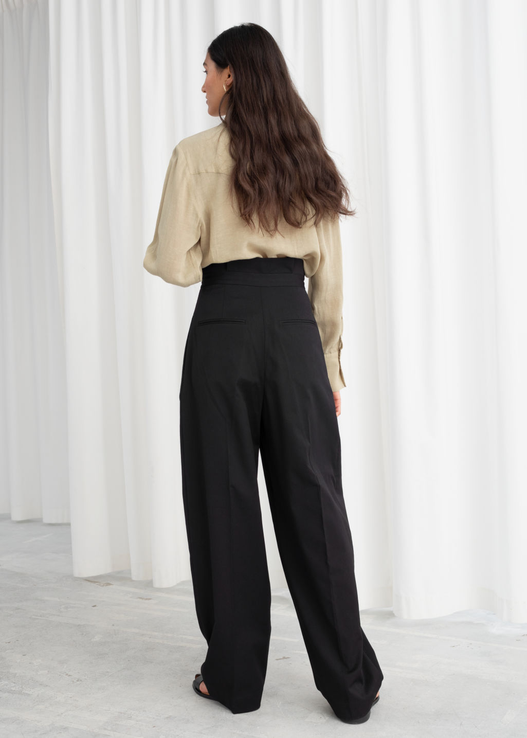 Model back image of Stories straight paperbag waist trousers in black