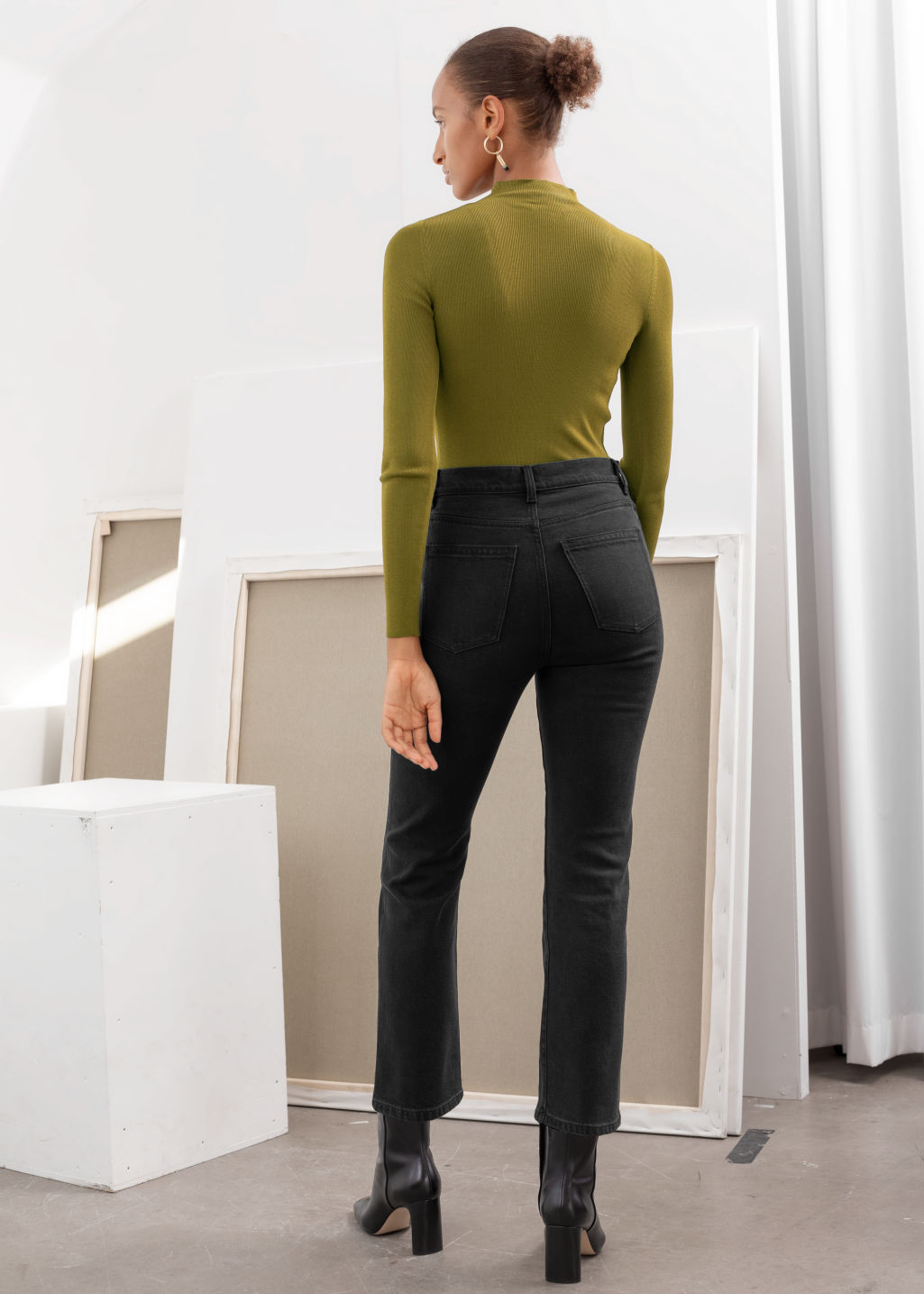 Model back image of Stories fitted micro knit turtleneck in green