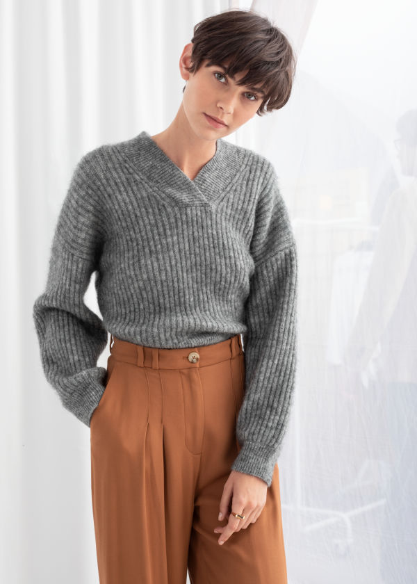 Wool Blend Cropped V-Neck Sweater