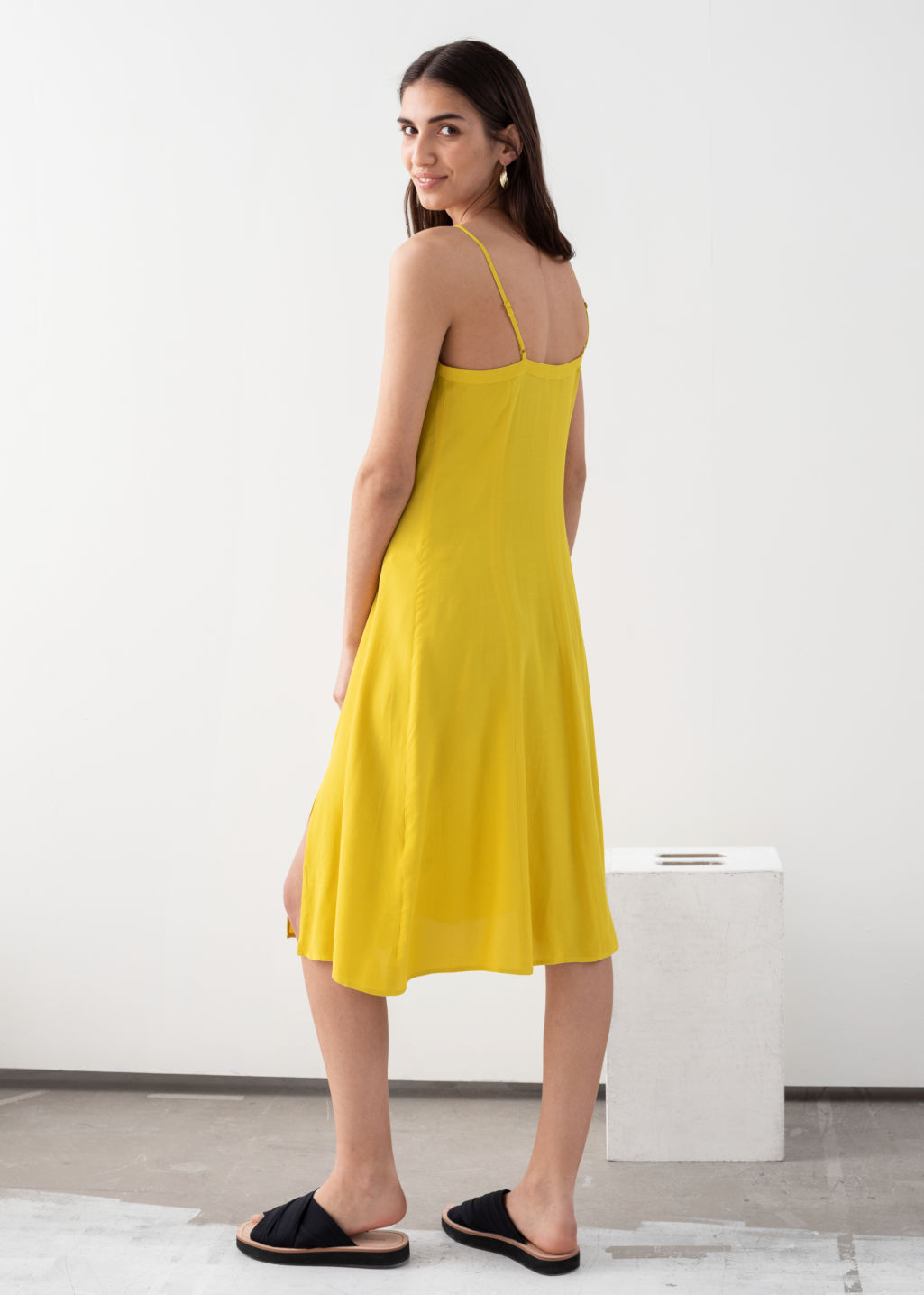 Model back image of Stories square neck button up midi dress in yellow