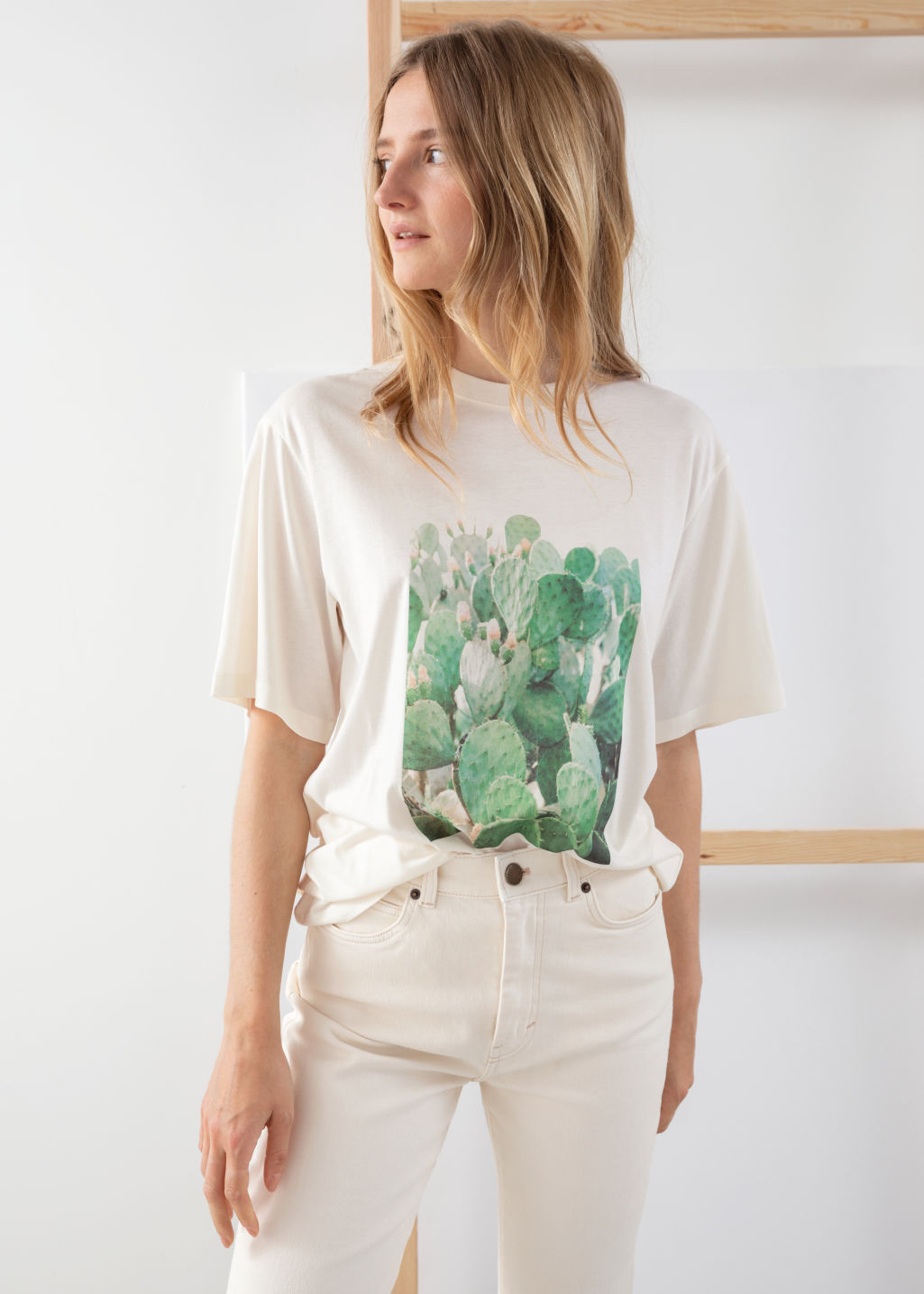 Model front image of Stories desert graphic tee in white