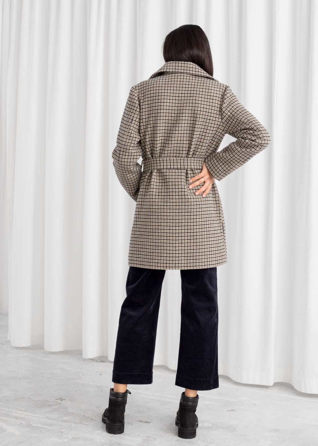 Model back image of Stories belted houndstooth wool blend coat in beige