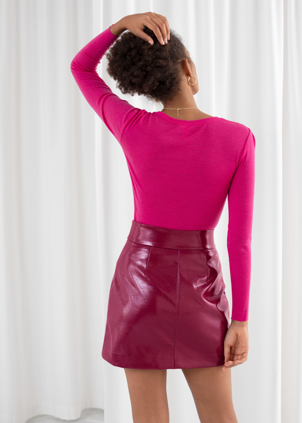 Model back image of Stories fitted wool knit top in pink