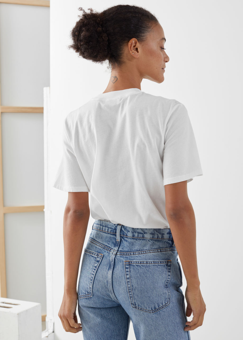 Model back image of Stories organic cotton crewneck t-shirt in white