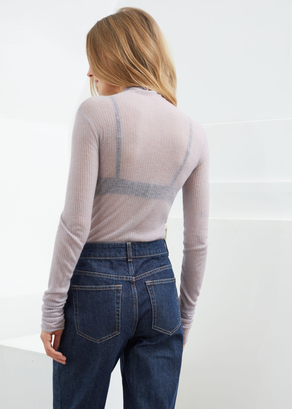 Model back image of Stories fitted cashmere turtleneck top in grey
