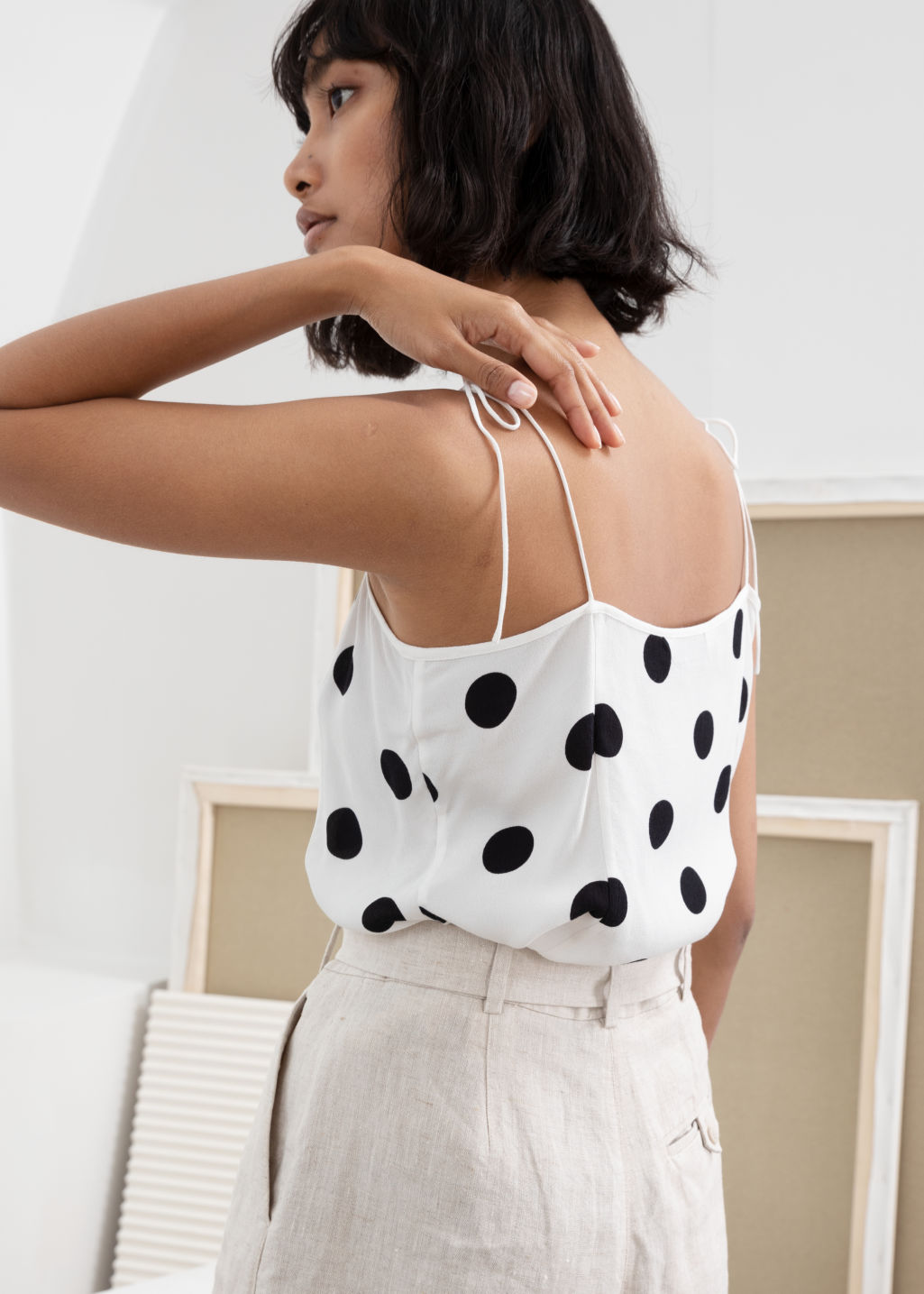 Model back image of Stories square neck tie shoulder tank top in white