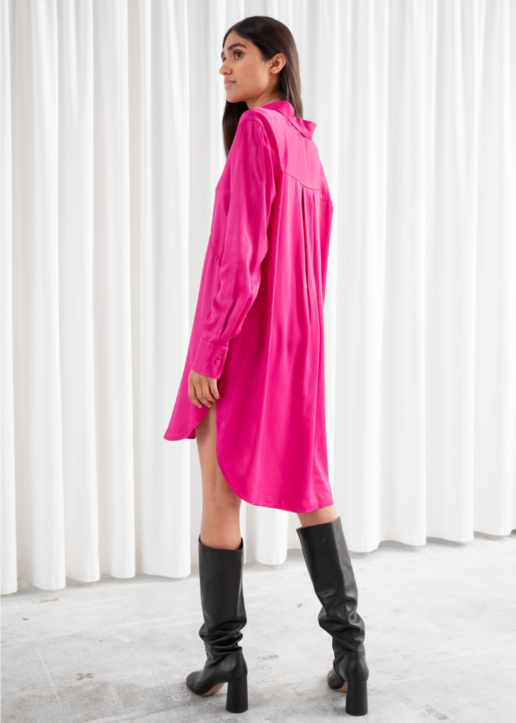 Model back image of Stories flowy satin shirt dress in pink