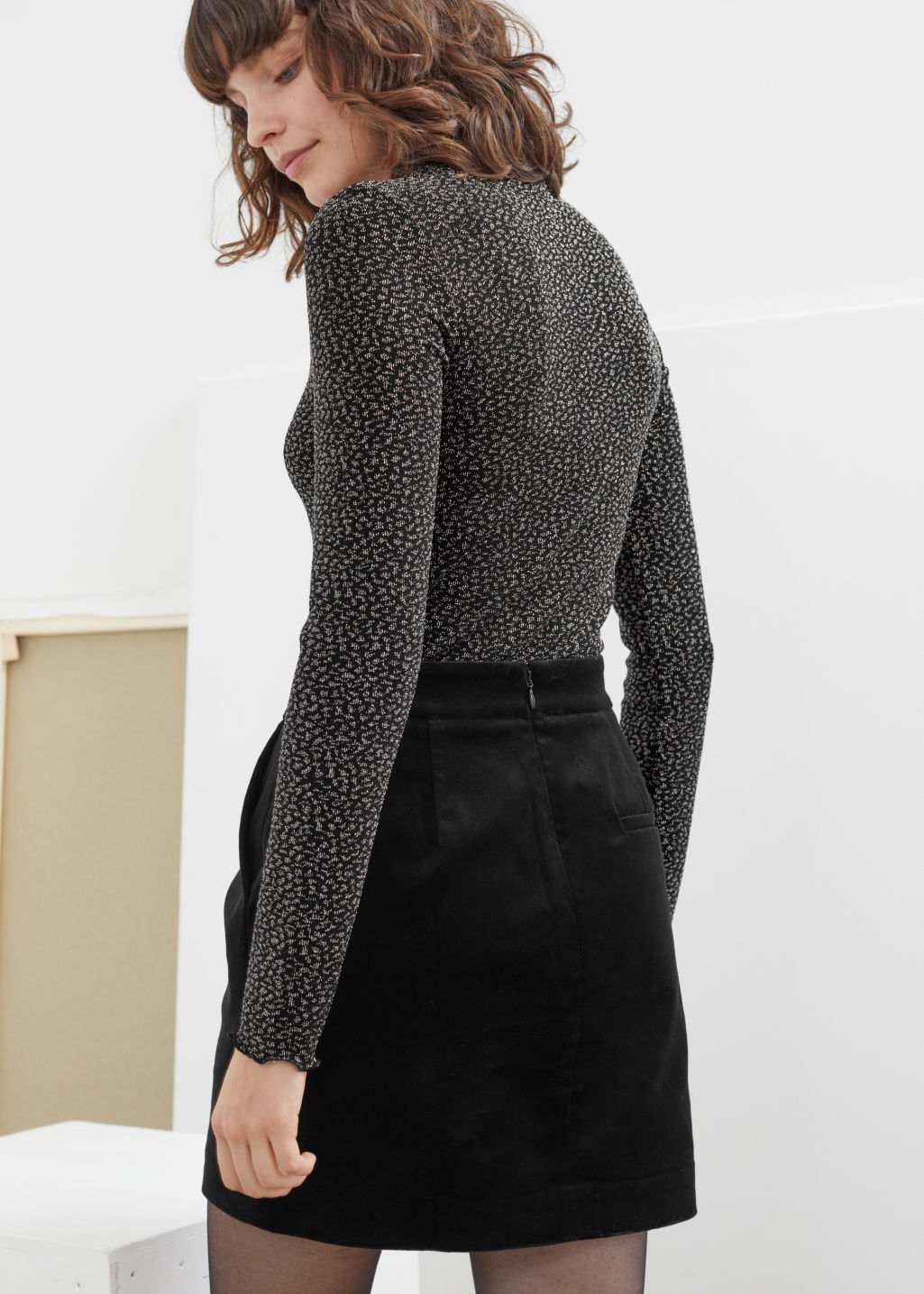 Model back image of Stories fitted metallic jacquard top in black