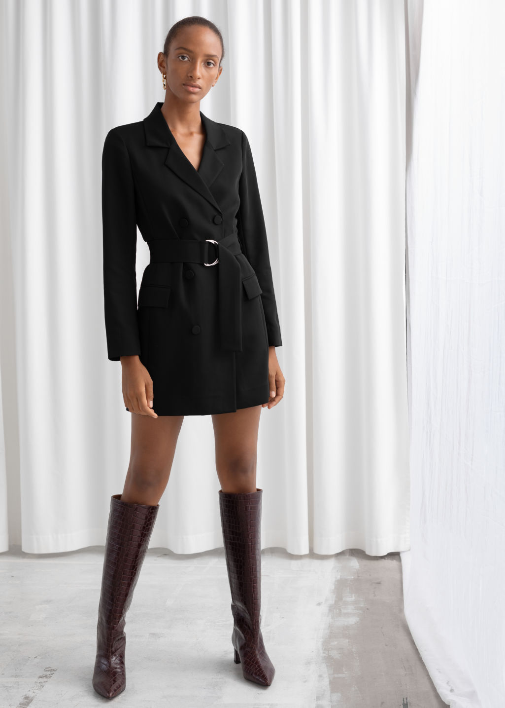 Model front image of Stories d-ring belted mini blazer dress in black