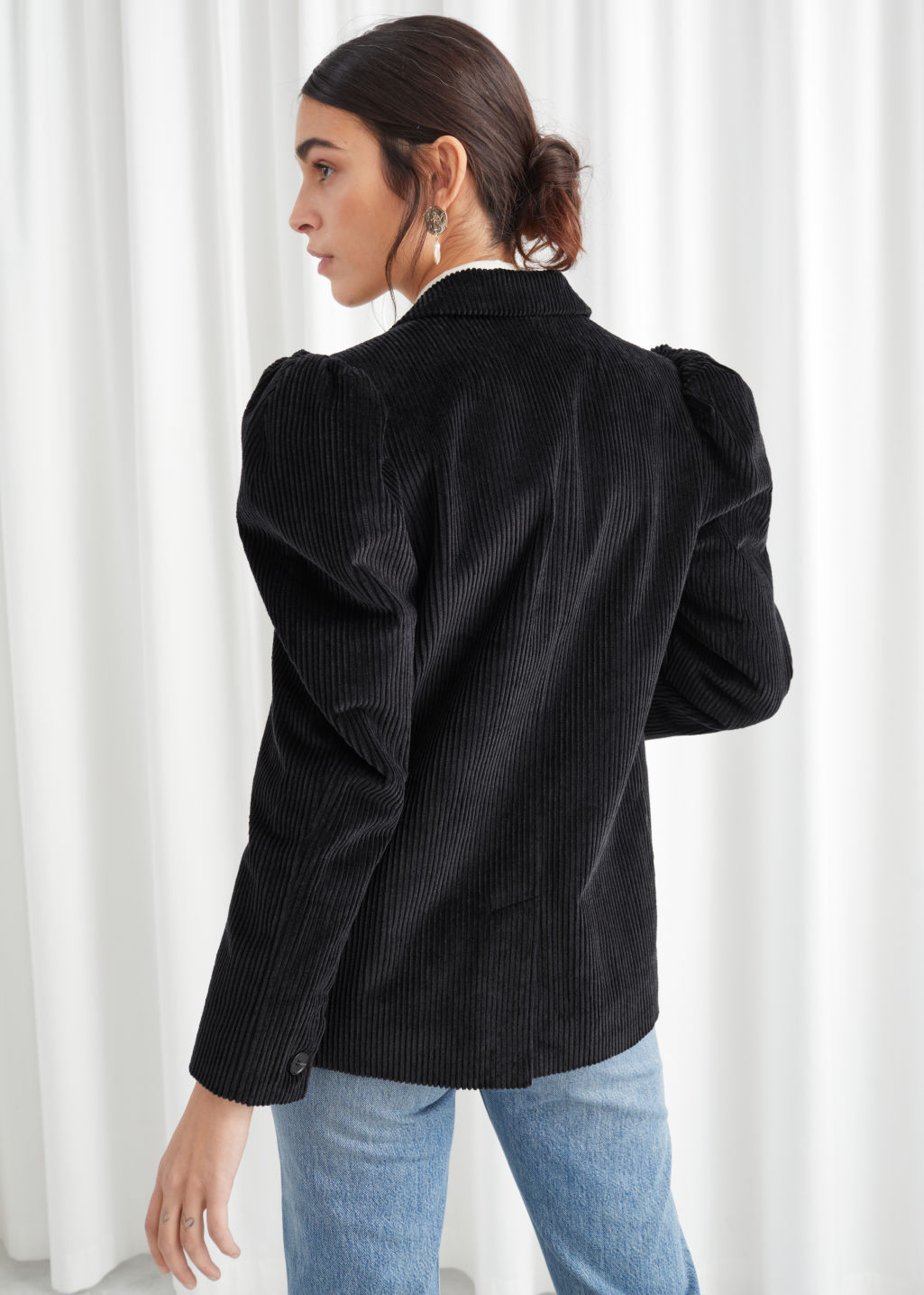 Model back image of Stories puff sleeve corduroy blazer in black