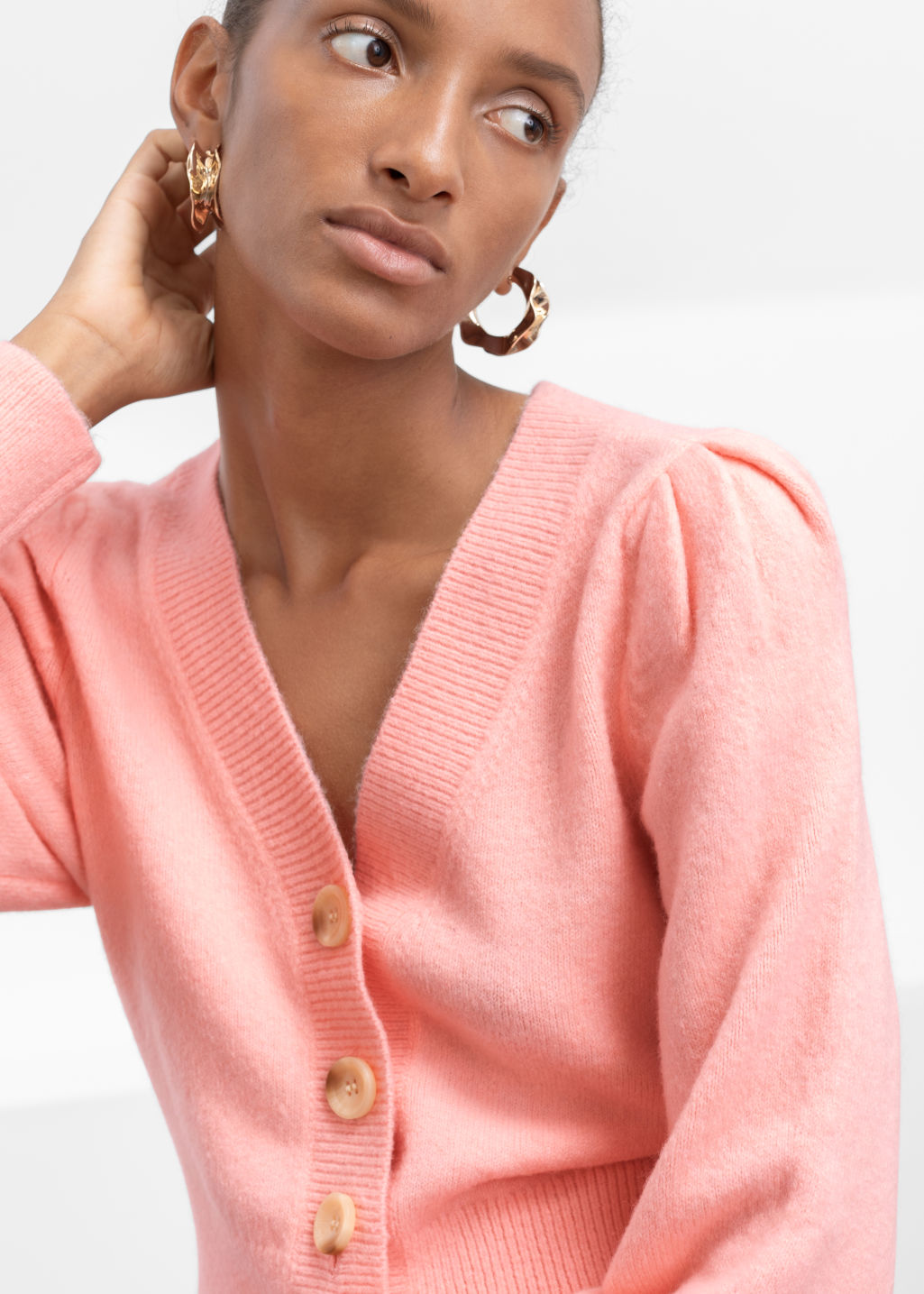 Model back image of Stories puff sleeve short cardigan in pink