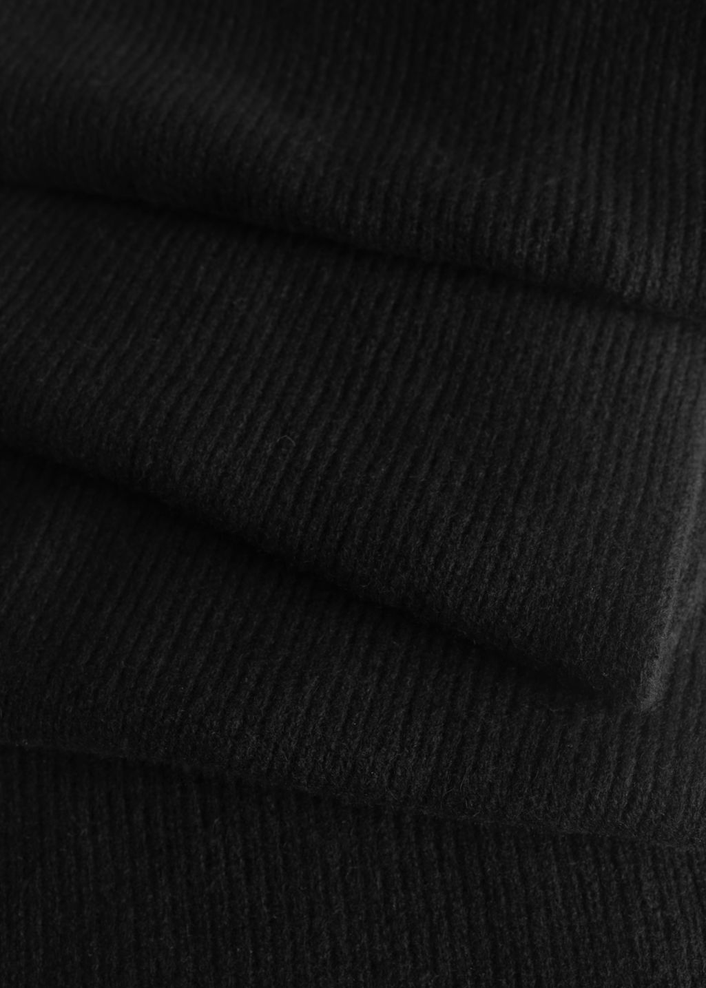 Back image of Stories ribbed cashmere scarf in black