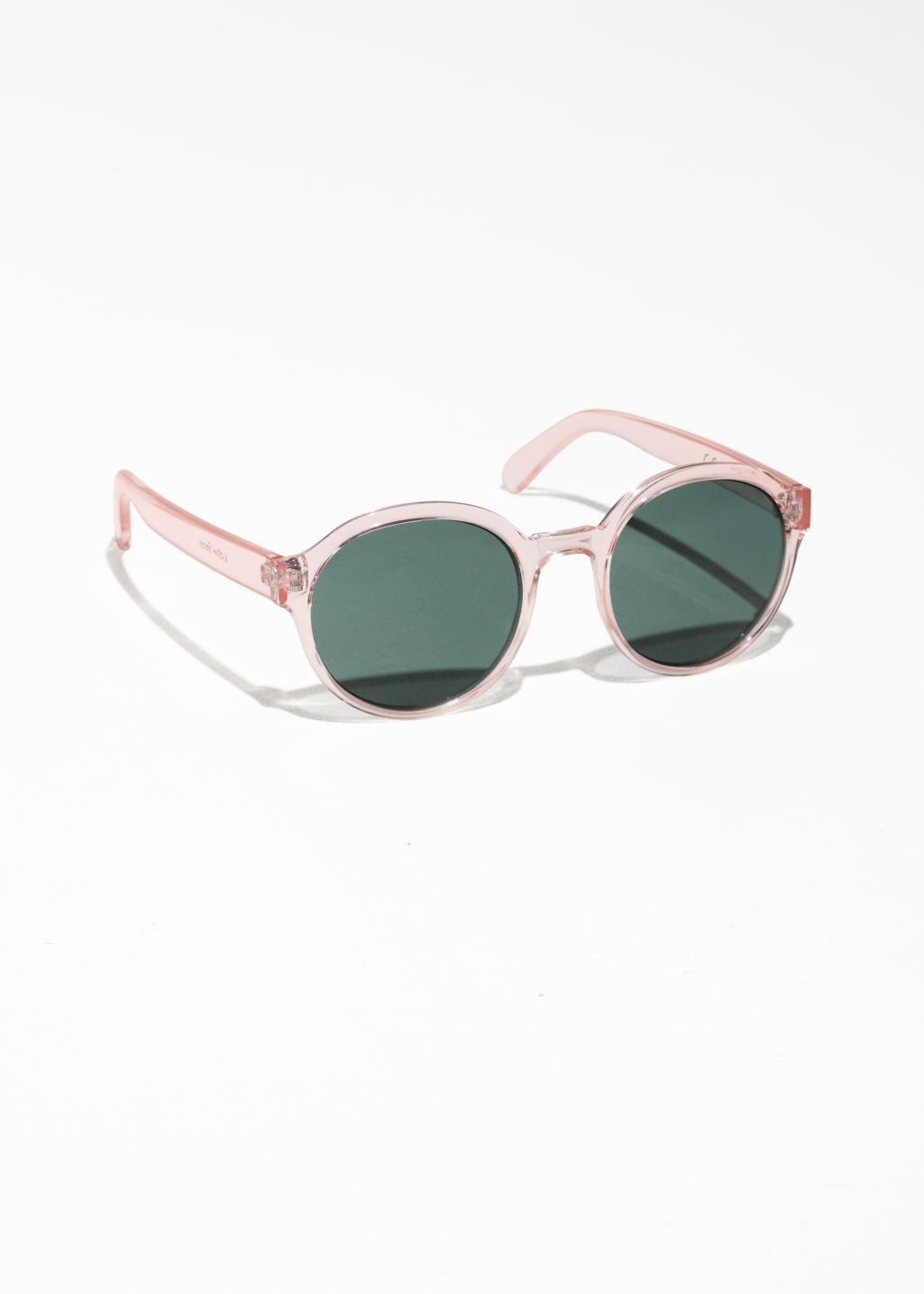 Front image of Stories round frame sunglasses in pink