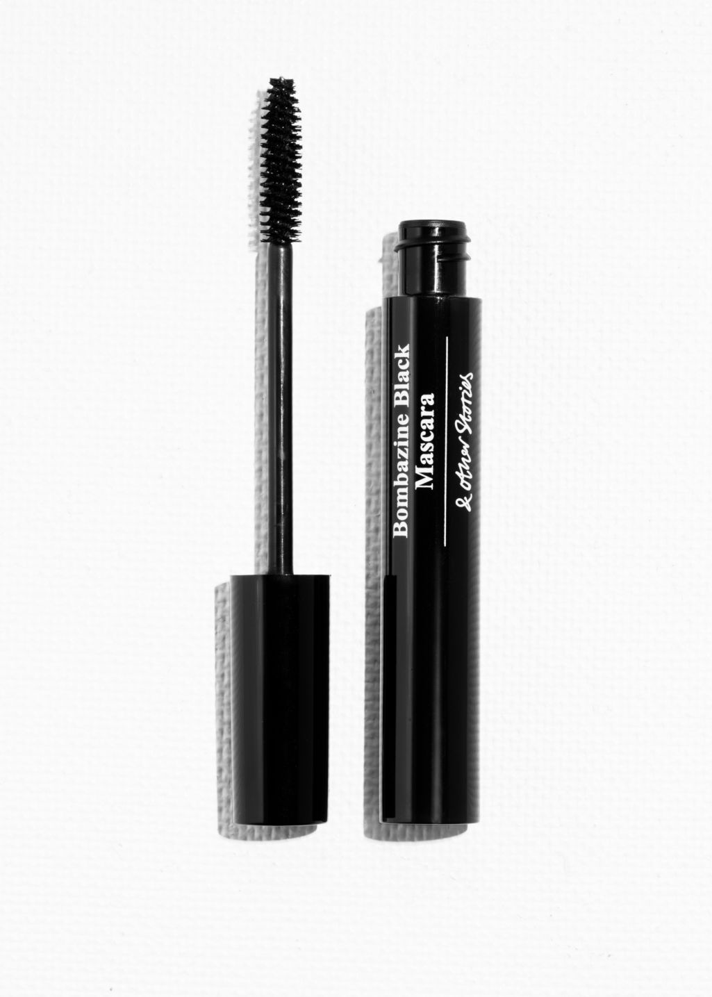 Back image of Stories volumising lengths mascara in black