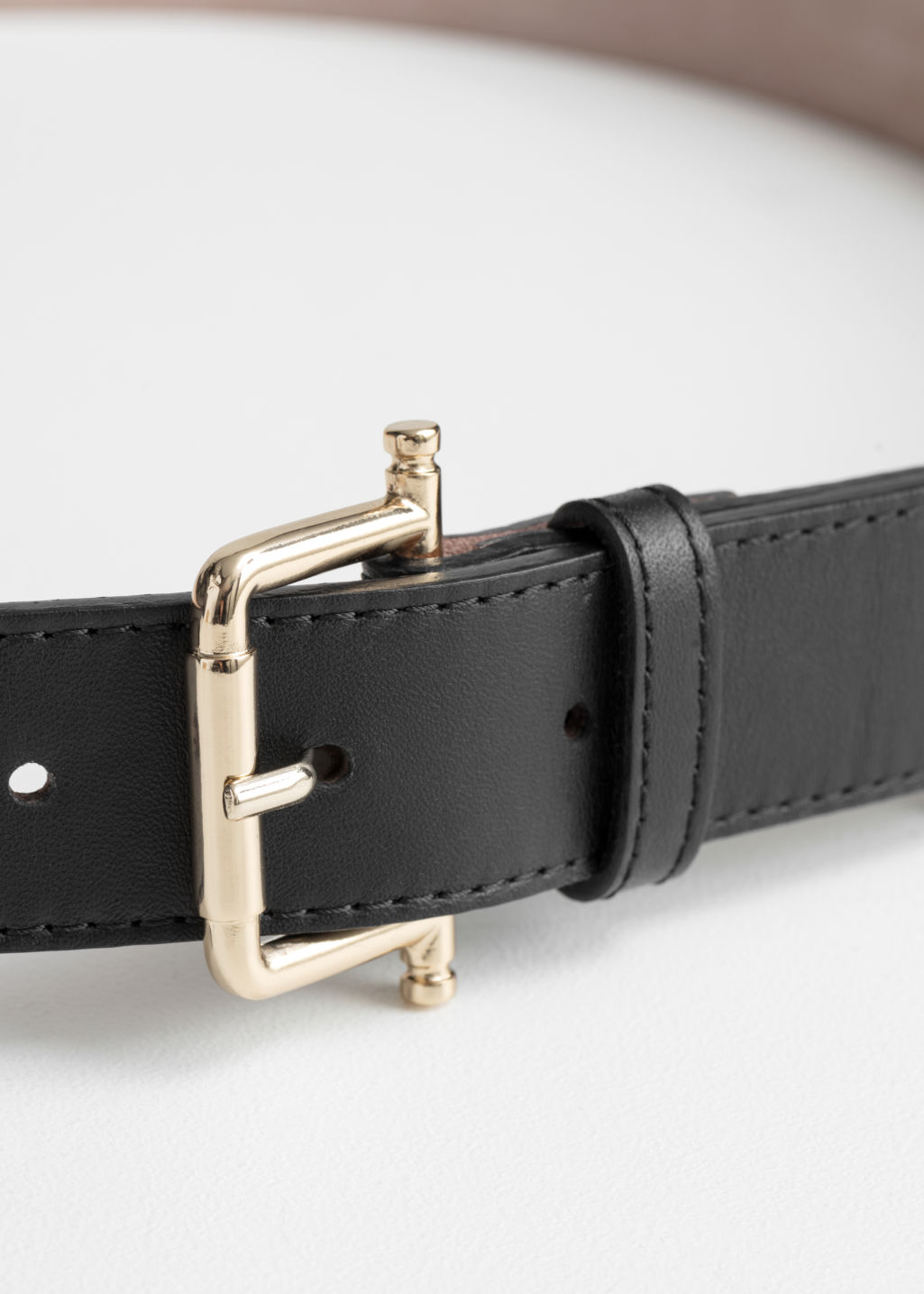 Back image of Stories leather belt in black