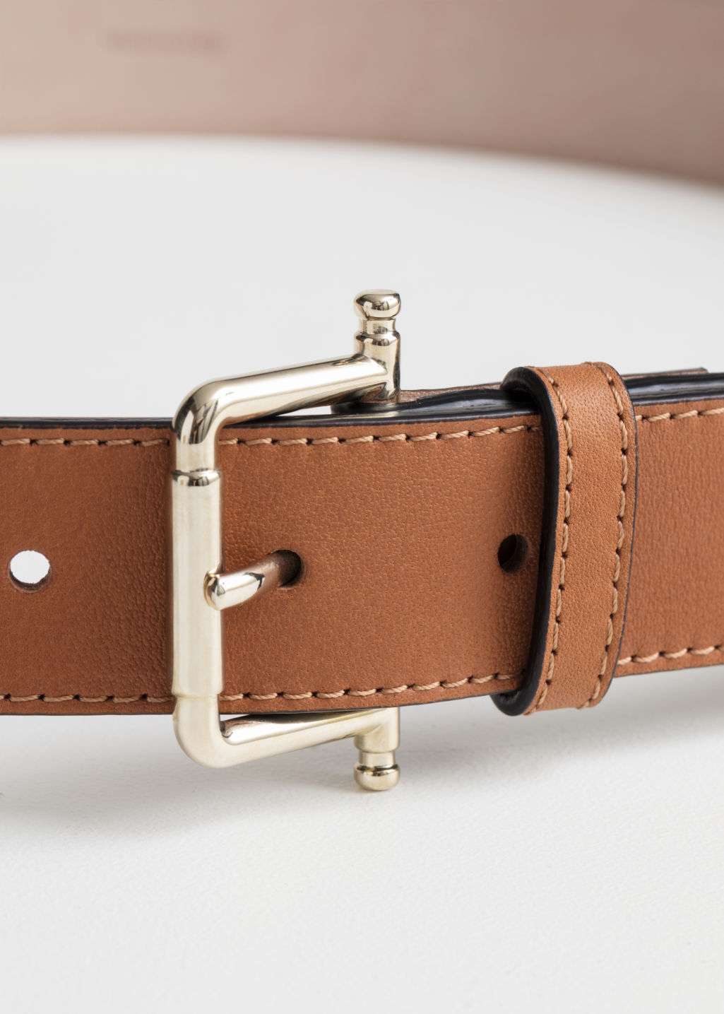 Back image of Stories leather belt in beige