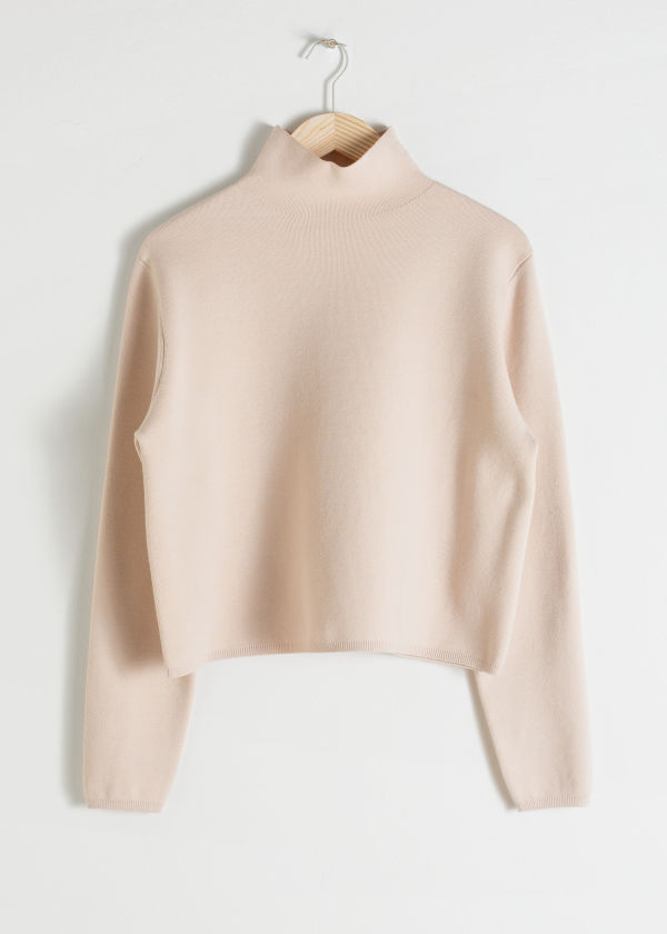 Cropped Relaxed Fit Turtleneck