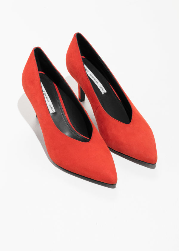 Pointed Suede Pumps
