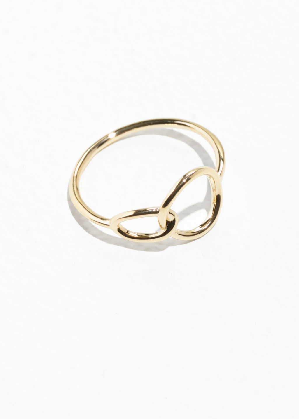Front image of Stories circle ring  in gold