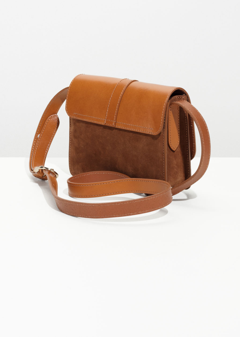 Back image of Stories gold ring leather bag  in beige