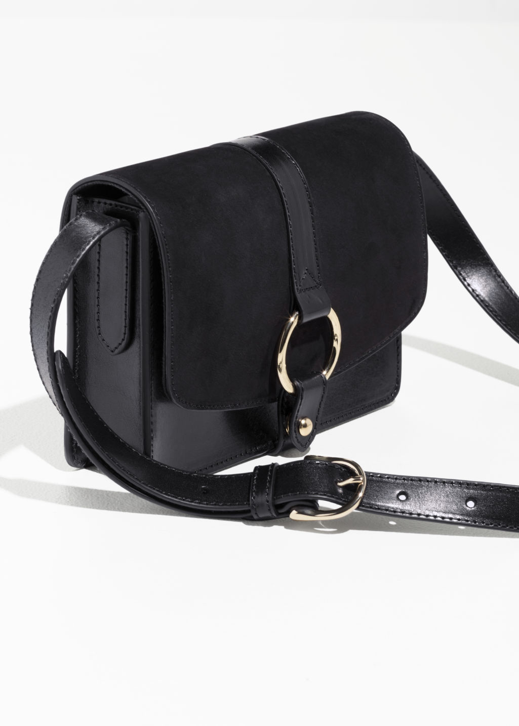Back image of Stories gold ring leather bag  in black