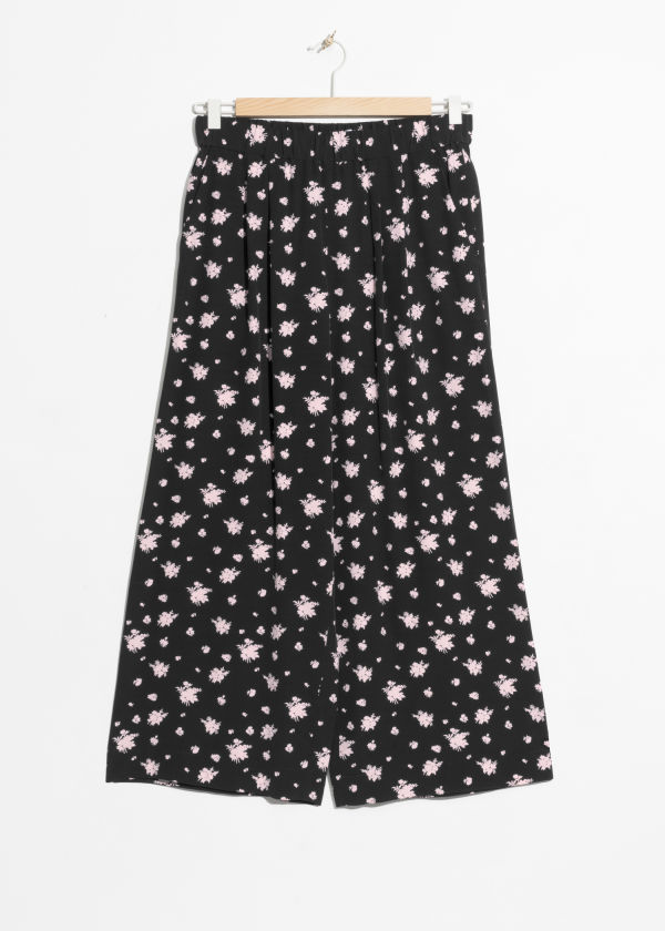 Front image of Stories starry sky print culottes in black