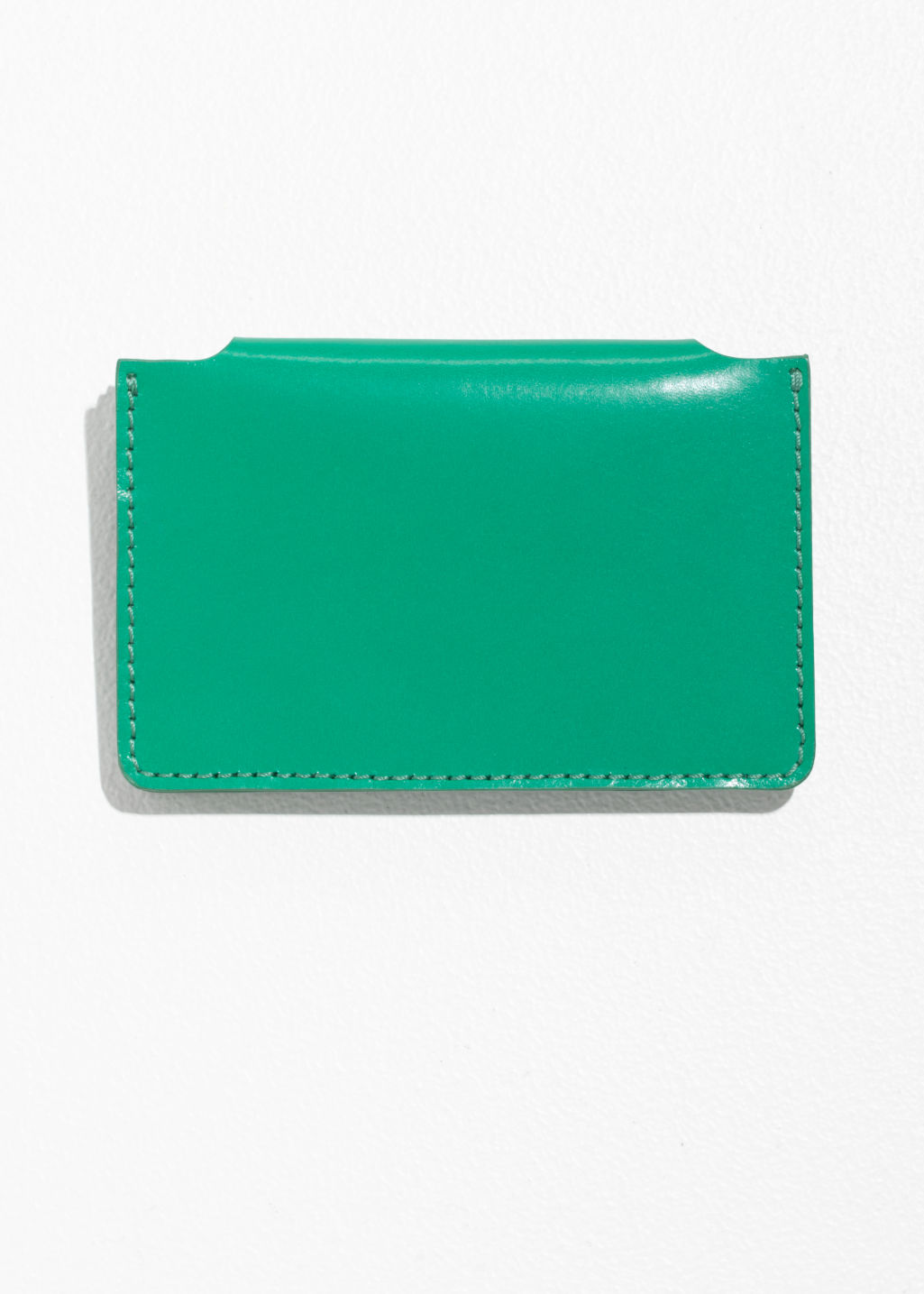 Back image of Stories p paulette card holder in green