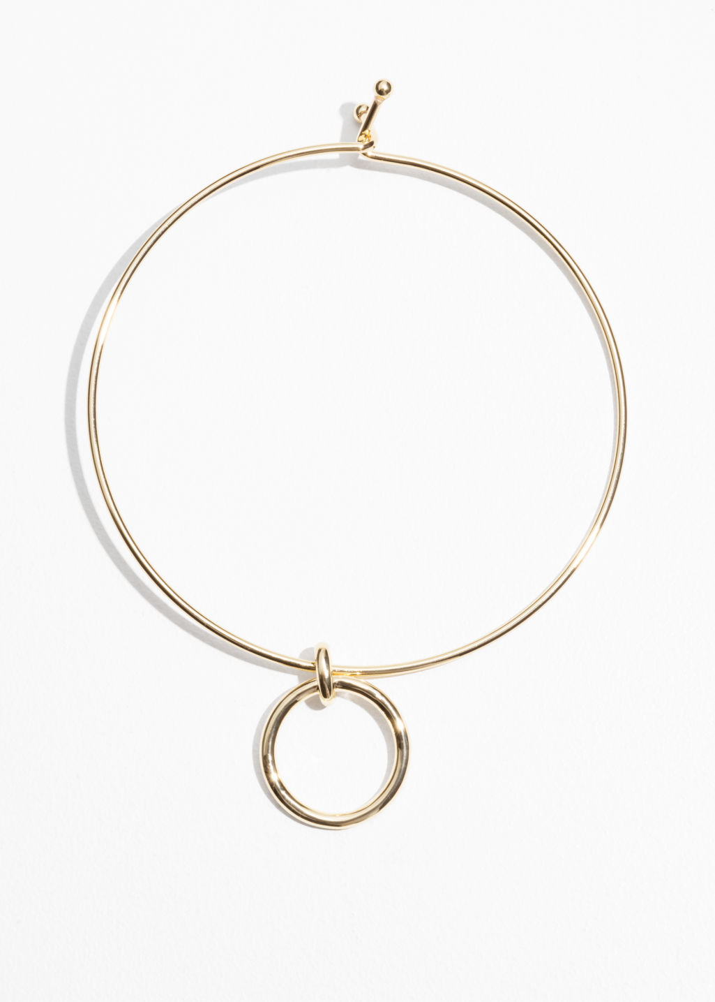 Front image of Stories ring choker in gold