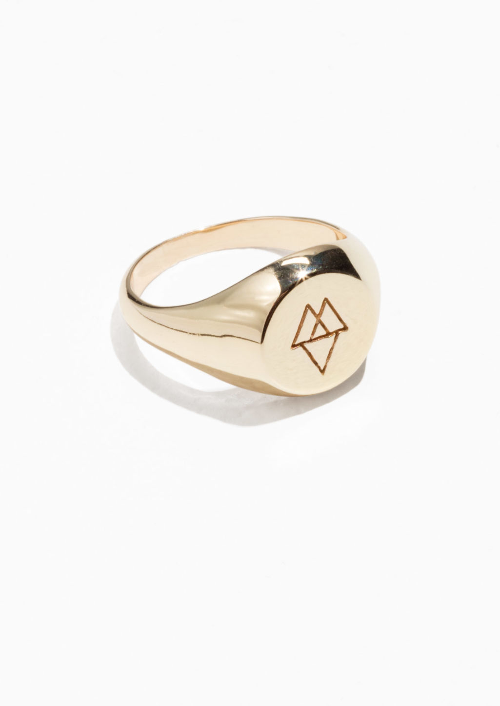 Front image of Stories signet ring in gold