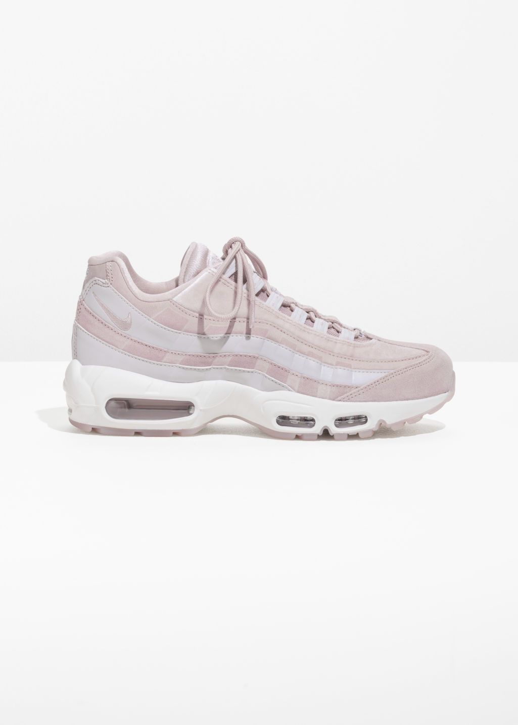 Front image of Stories nike air max 95 lx in pink
