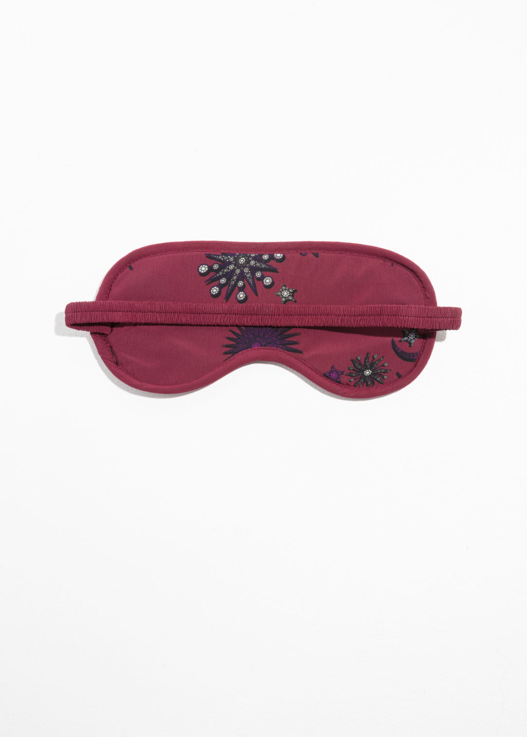 Back image of Stories reversible lounge sleeping mask in red