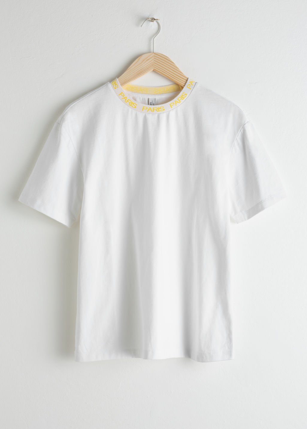 Front image of Stories beaux jours tee  in white