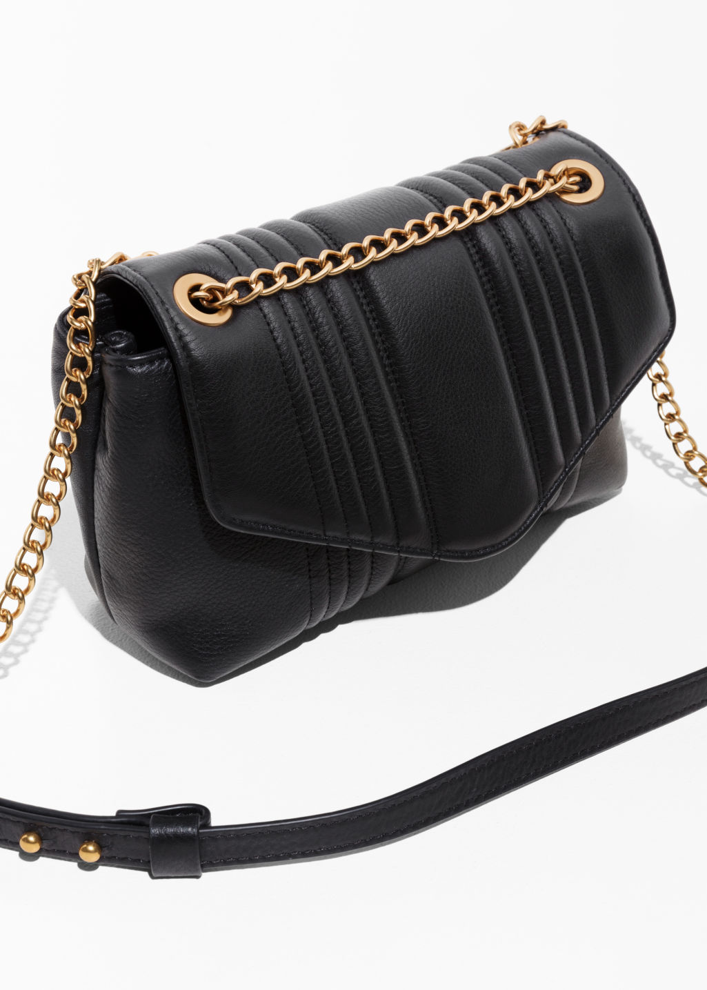 Back image of Stories curved chain handbag in black