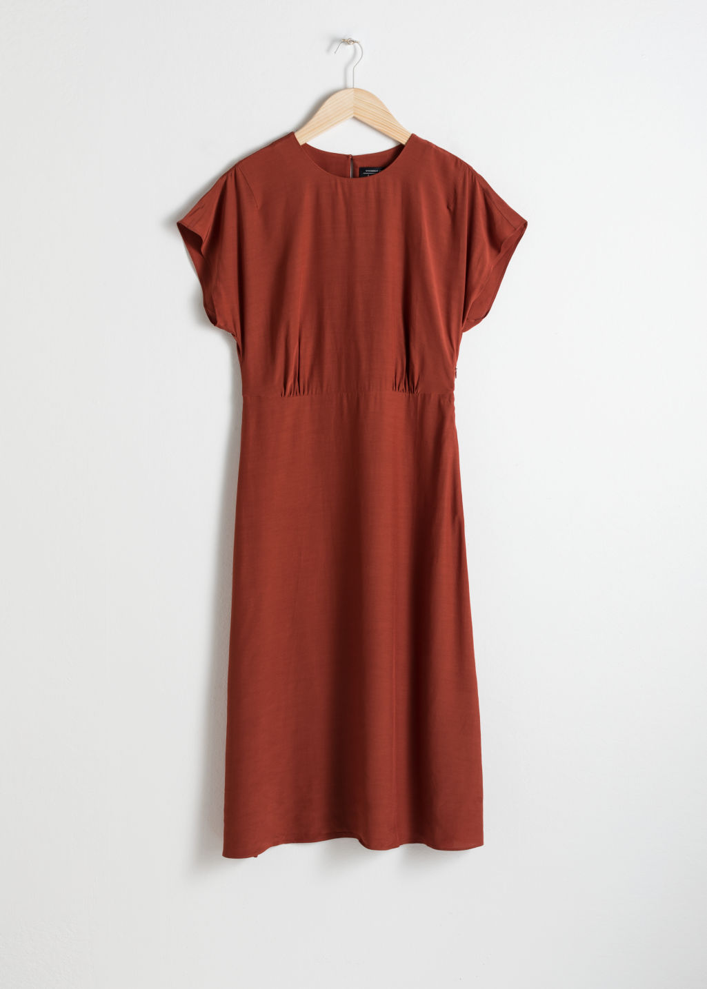 Front image of Stories short sleeve midi dress in red