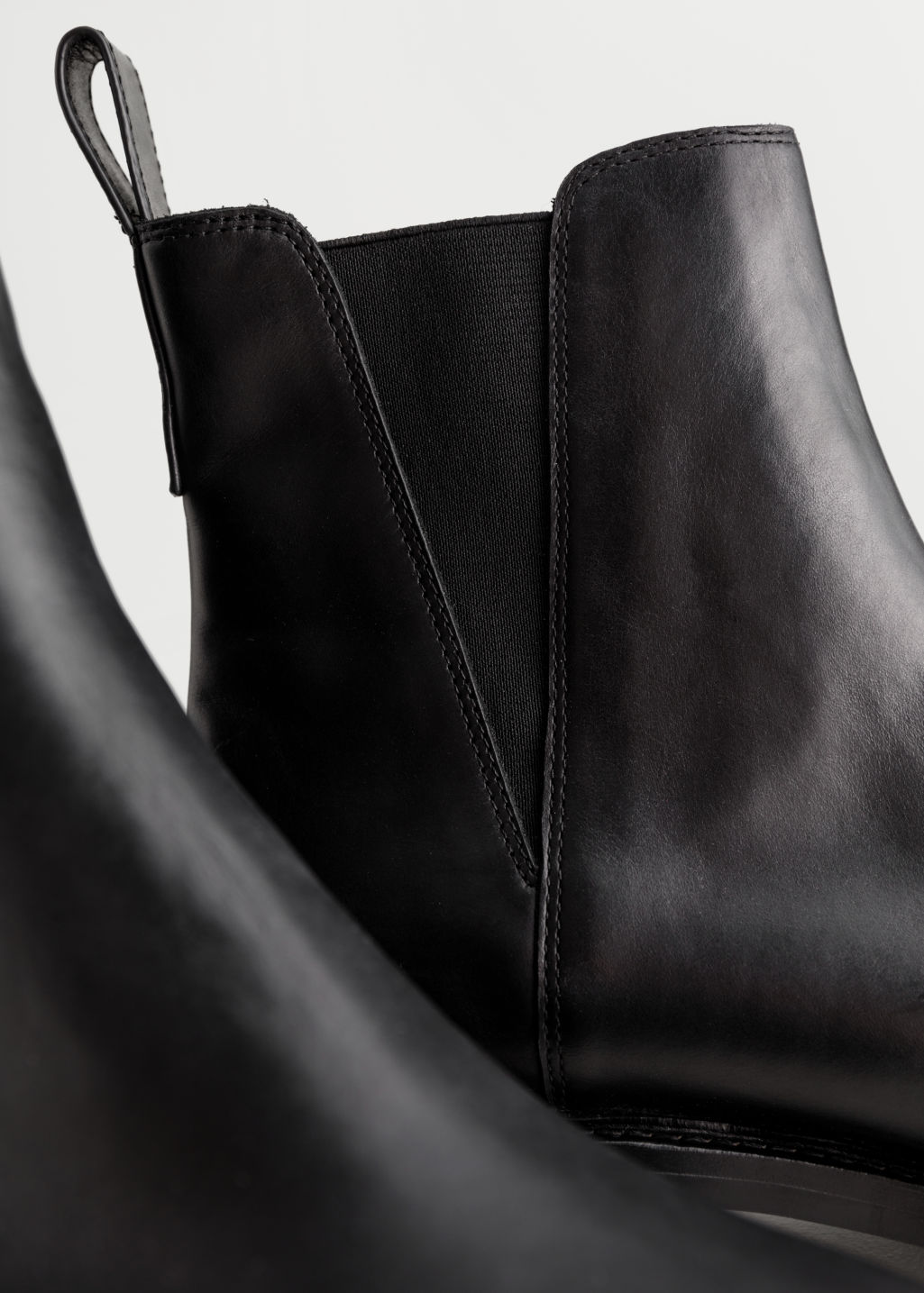 83a0e0ae814 Leather Track Sole Boots - Black - Chelseaboots - & Other Stories